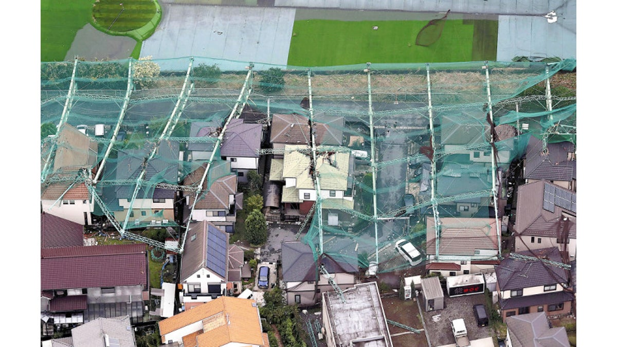 台風 被害 ゴルフ 練習 場