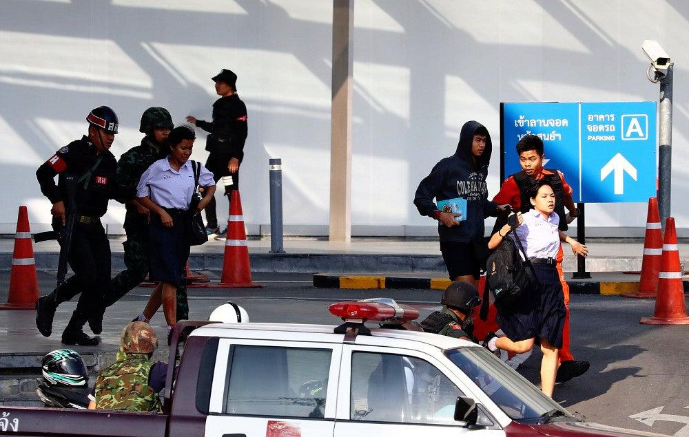タイ銃乱射、動機は上官との土地トラブルか…死者29人に : 国際 ...