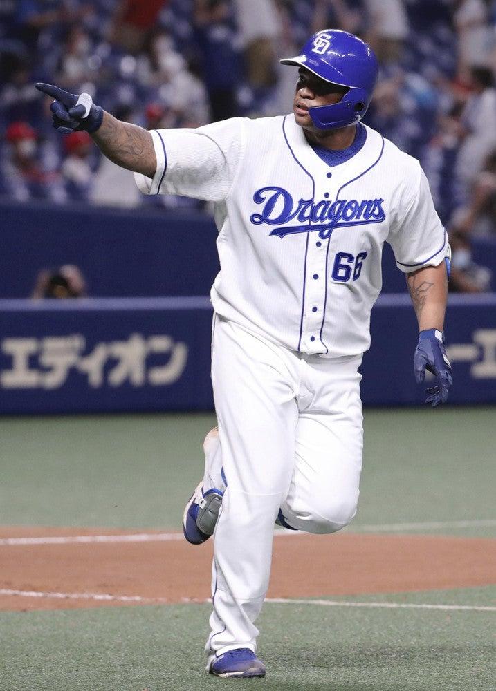 中日、ビシエドの7号ソロでサヨナラ勝ち…阪神は4連勝