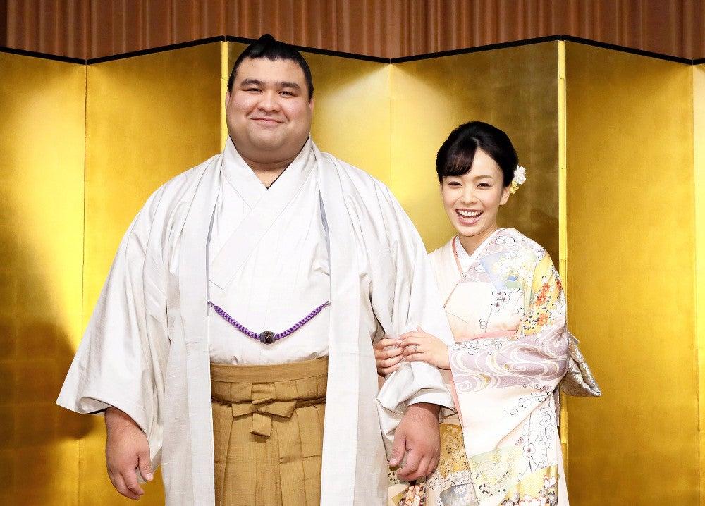 元大関の高安関、演歌歌手・杜このみさんと結婚 : 大相撲 : スポーツ ...