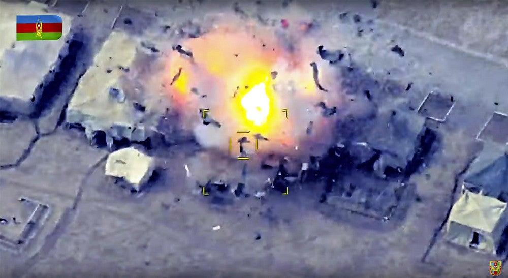 アゼルバイジャン、アルメニア軍拠点を爆撃…停戦協議微妙に : 国際 ...