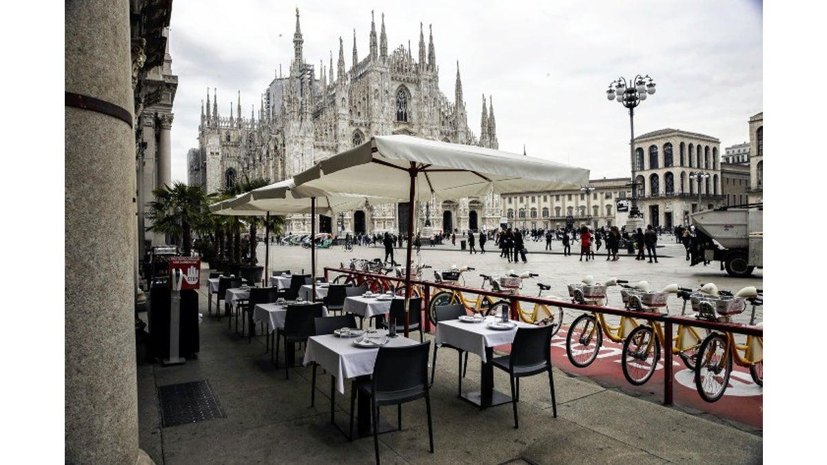 外出 禁止 イタリア