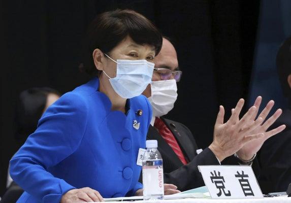 社民、臨時党大会で立民への合流容認議案を可決…福島党首は残留 : 政治 ...