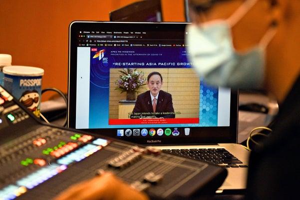 菅首相「しっかり防疫措置、国際的な経済活動を再開」…APEC関連 ...