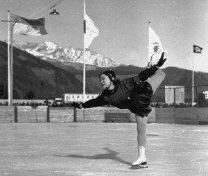 12歳の氷上アイドル【1936年 ガ...