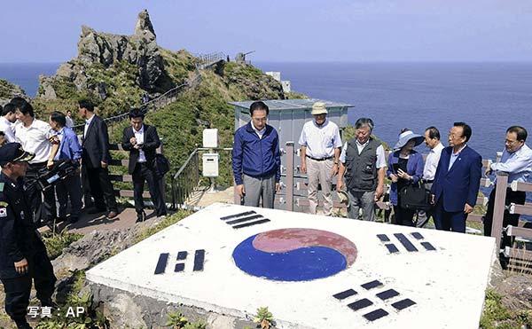韓国の李明博大統領が竹島上陸